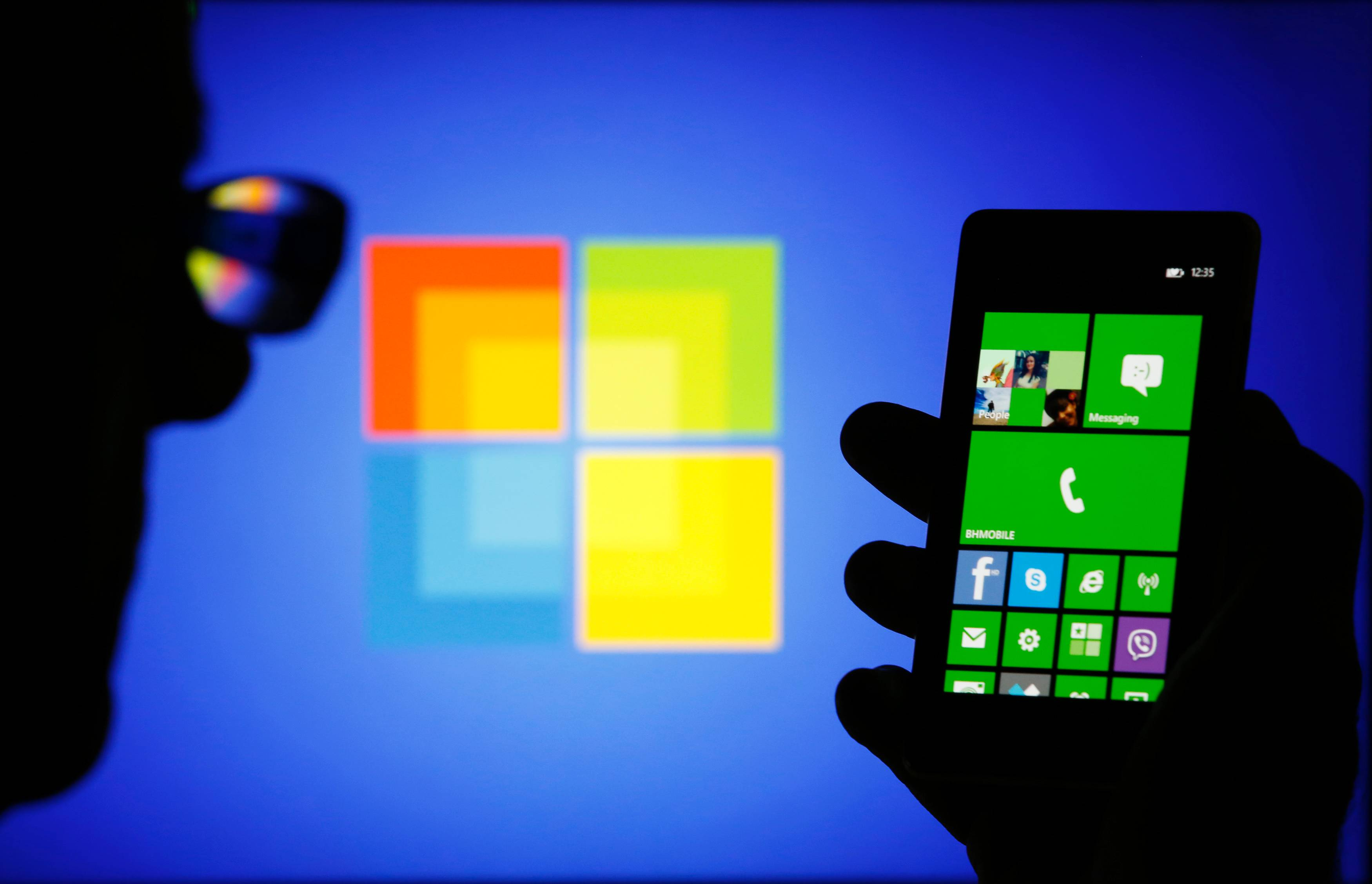nokia big2 - Thâu tóm Nokia: Microsoft liệu có nuốt trôi?