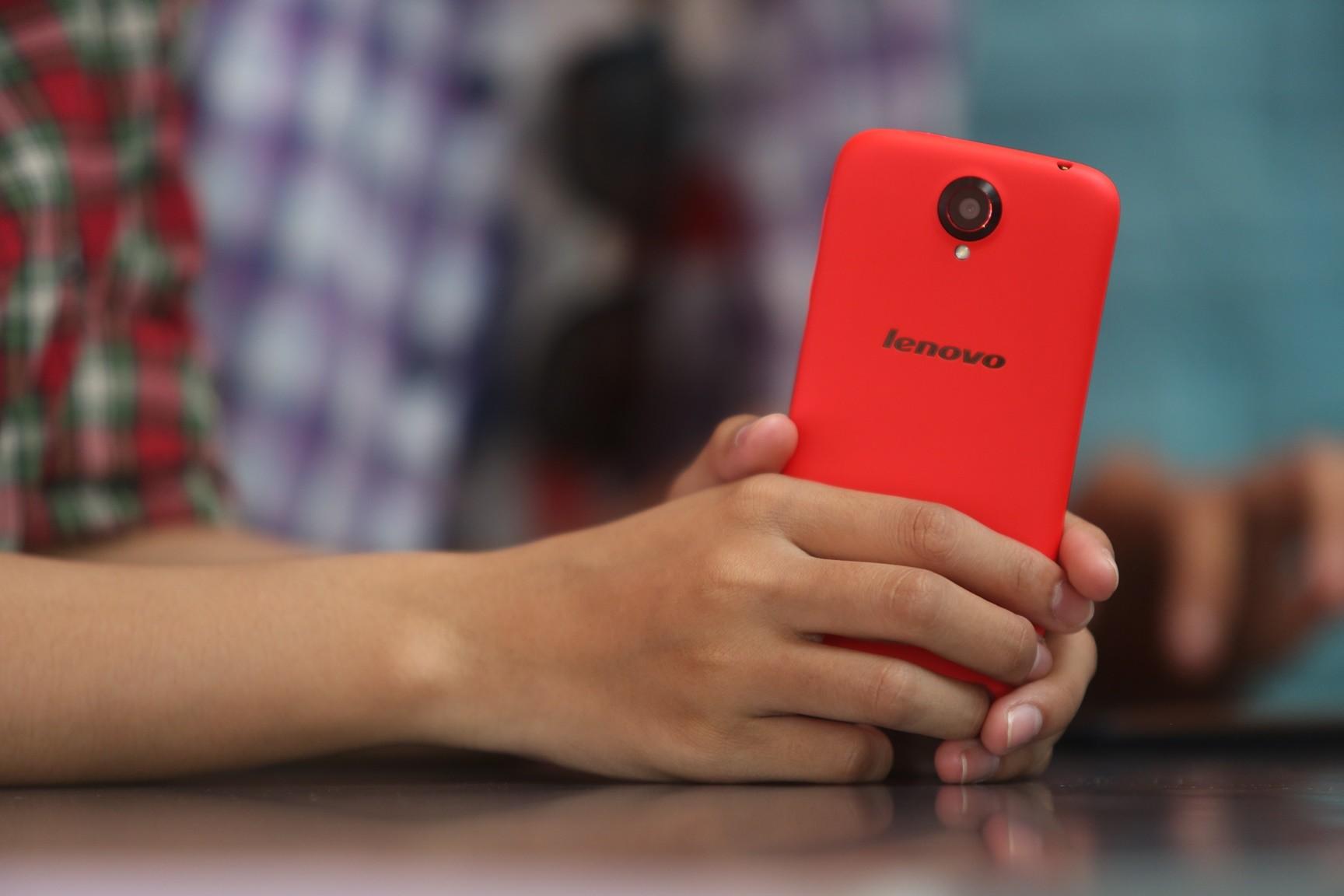 S820 12 - Cơ hội du lịch Brazil khi mua smartphone Lenovo