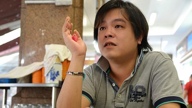 jover chew - Chủ cửa hàng Mobile Air lừa du khách Việt mua iPhone 6 là người thế nào?