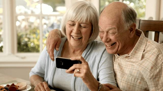 older iphone - 8 thủ thuật dùng iPhone hữu ích cho người dùng cao tuổi