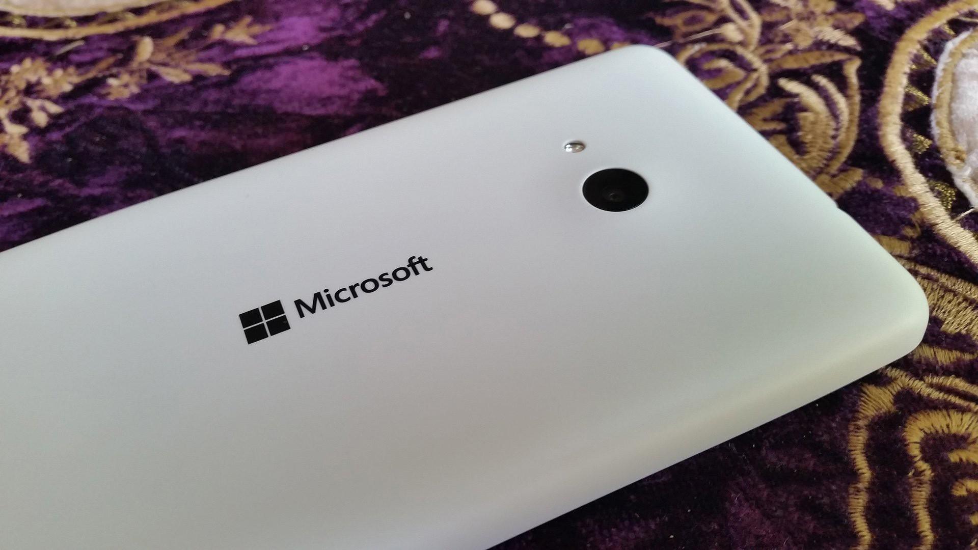 microsoft smartphone snapdragon 210 - Microsoft sẽ sản xuất điện thoại Windows 10 giá rẻ với Snapdragon 210