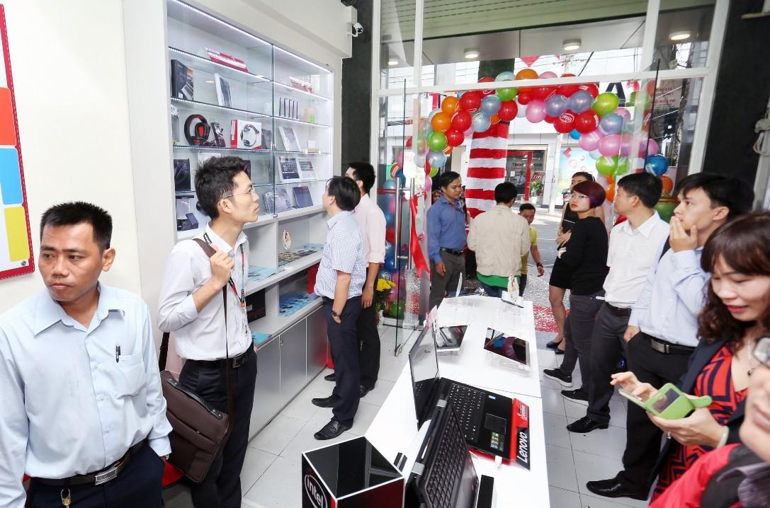 VW1A4178 - Khai trương Trung tâm Dịch vụ Lenovo tại TP.HCM
