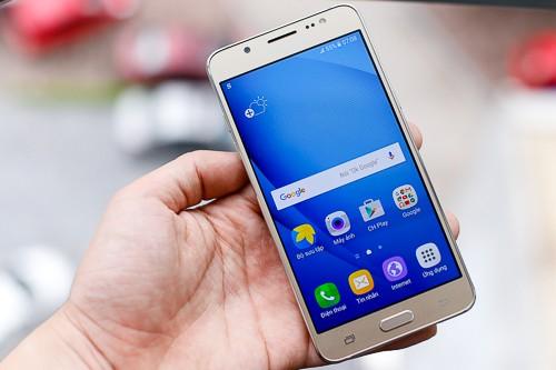 5 smartphone pin lớn, giá tốt mới bán ở Việt Nam