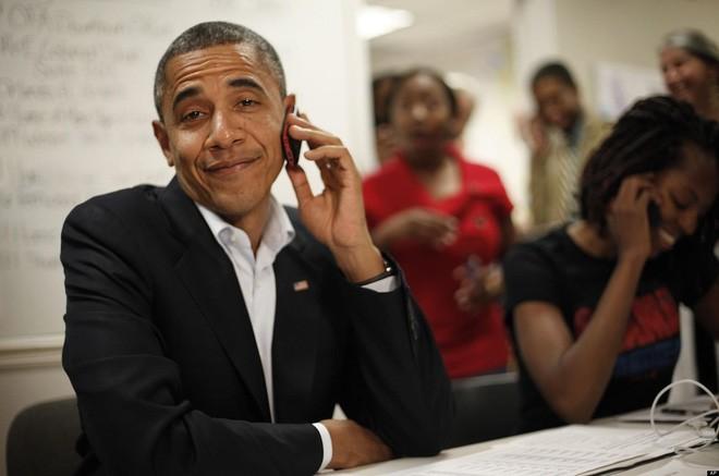 """Điểm danh loạt thiết bị công nghệ từng """"trên tay"""" Tổng thống Obama"""