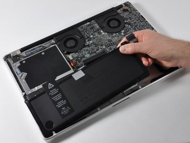 Khi Huawei copy đến cả con ốc của Apple