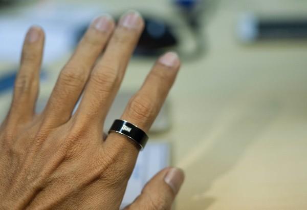 Lần đầu tại Việt Nam: Hãy để ví tiền của bạn ở nhà, chỉ cần đeo chiếc nhẫn này thôi