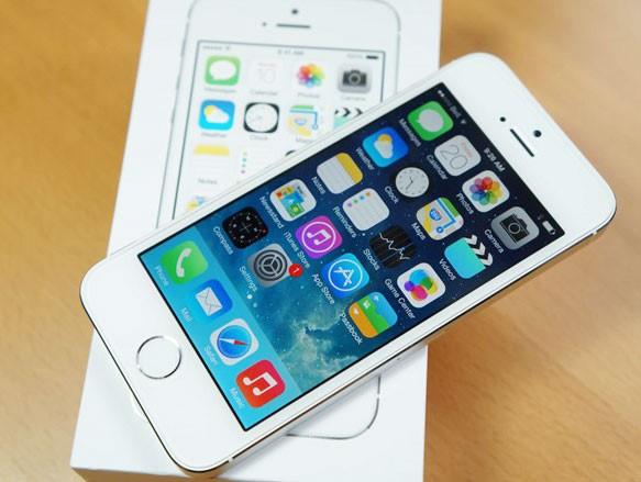 Sức hút iPhone SE chính hãng không lớn