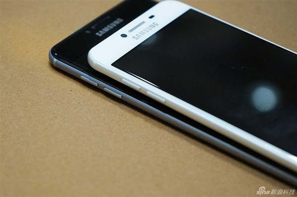 Thích iPhone nhưng không đủ tiền, hãy mua những chiếc smartphone này