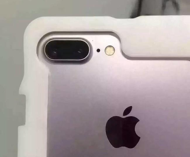 Cận cảnh bộ đôi iPhone 7 và 7 Plus vừa lộ diện rõ nét