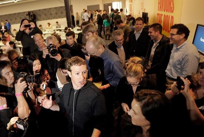 Facebook đã đánh bại Google Plus như thế nào?
