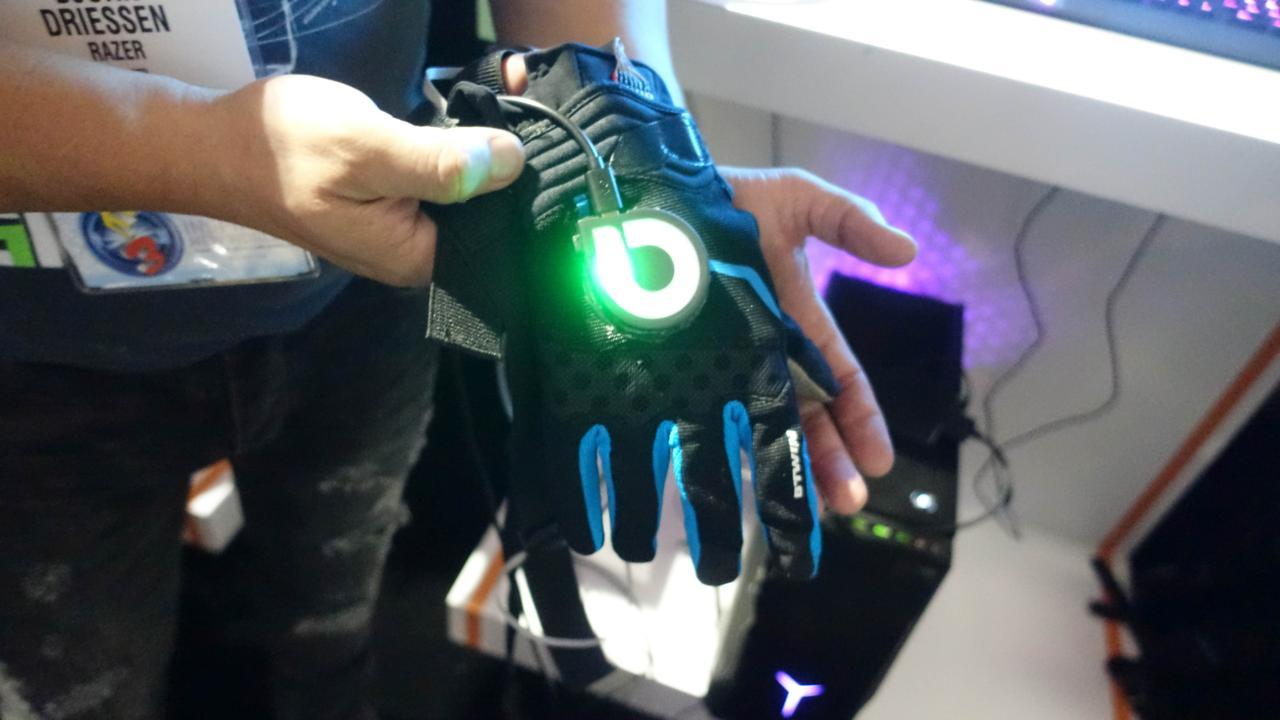 glove-one