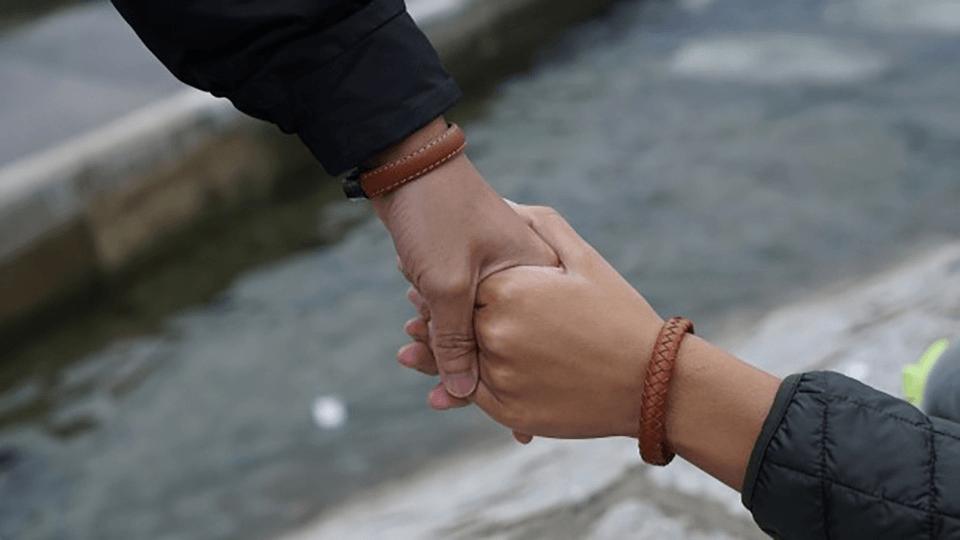 Nifty X trainghiemso - NiftyX – vòng đeo tay kiêm sạc dự phòng