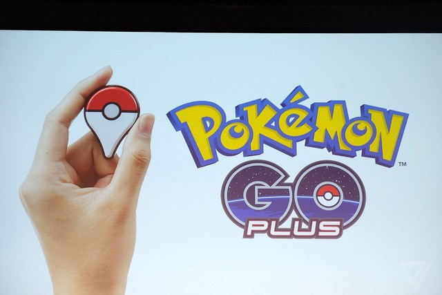 Làm thế nào để chơi Pokémon GO mà không sợ bị giật điện thoại?