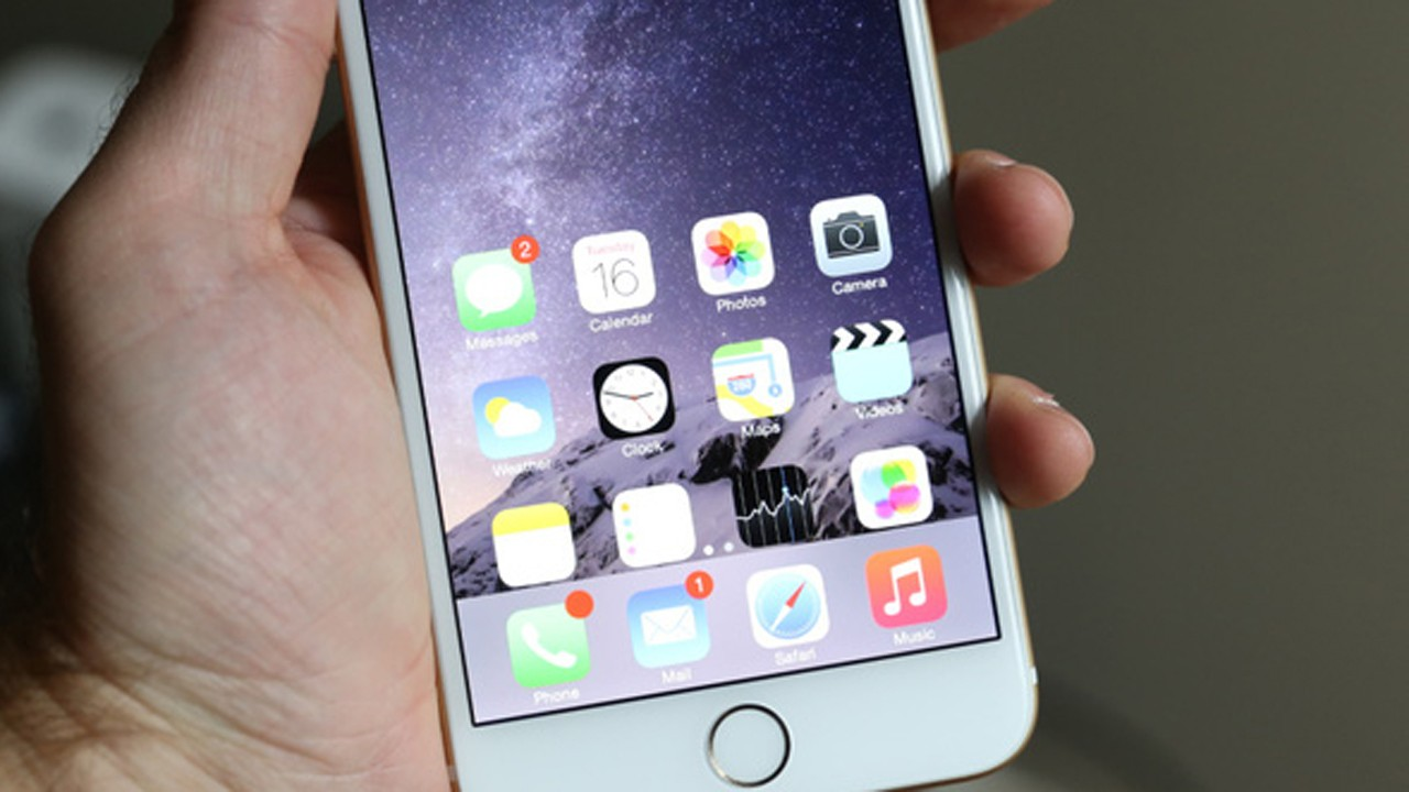 iphone 6 plus - 4 chiếc iPhone tệ hại nhất lịch sử Apple