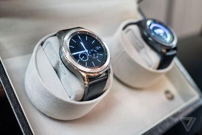 unnamed file - Samsung Gear S3 ra mắt, dày hơn, thêm tính năng