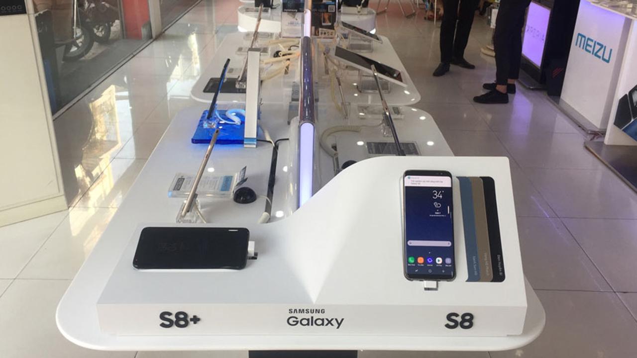 FPT Shop 311 LeVanSy - Trải nghiệm Galaxy S8 tại FPT Shop, cơ hội trúng 8 Galaxy S8 Plus