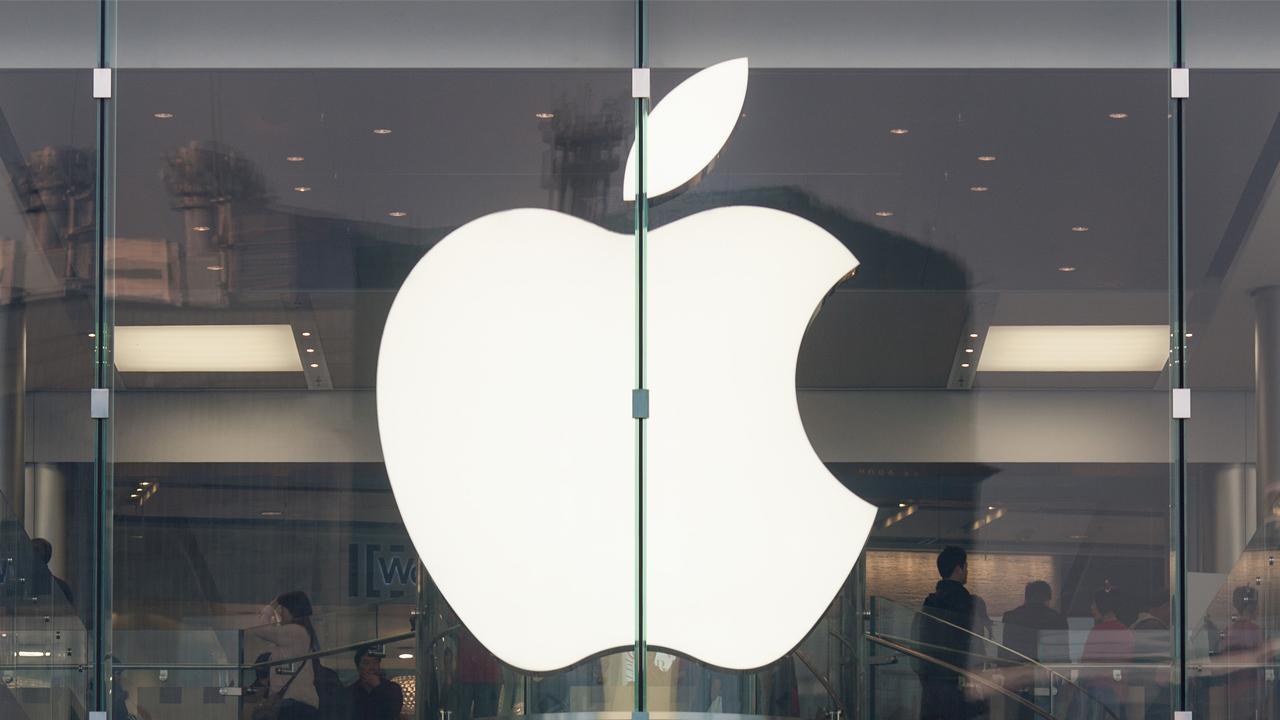"""apple featured - Apple cấm sử dụng logo """"Quả táo"""" tại cửa hàng iPhone xách tay ở Việt Nam"""