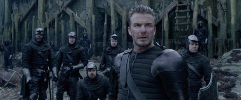 king arthur 3 800x334 - Đánh giá phim King Arthur: Vua Arthur - Vua MMA