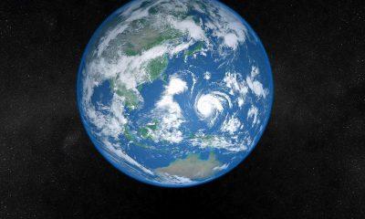 Earth 3D Live Wallpaper 400x240 - Nhanh tay tải Earth 3D Live Wallpaper (1,99USD) đang miễn phí cho Windows 10