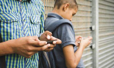 the he tre 2 400x240 - Công nghệ và một thế hệ trẻ đáng thương