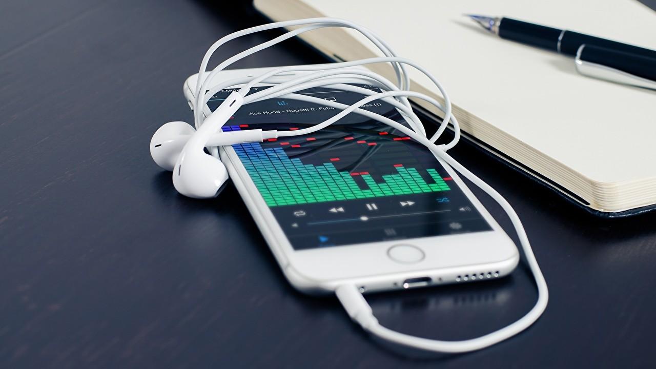 iphone headphones - Tổng hợp 12 ứng dụng iOS giảm giá miễn phí ngày 7.9 trị giá 31USD
