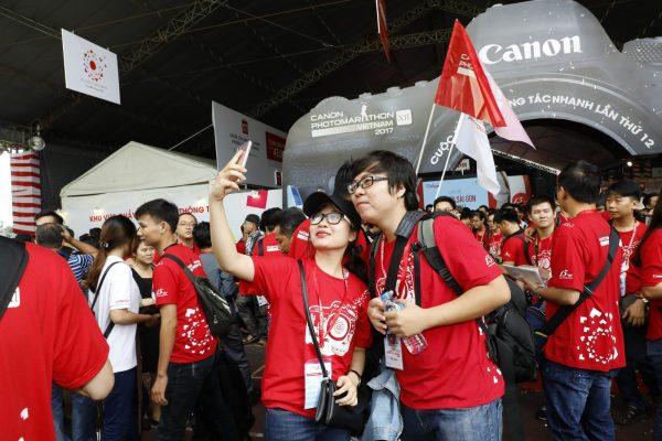 Canon PhotoMarathon HCMC 010 600x400 - Canon PhotoMarathon 2017 chính thức khởi tranh, hơn 7000 thí sinh tham dự