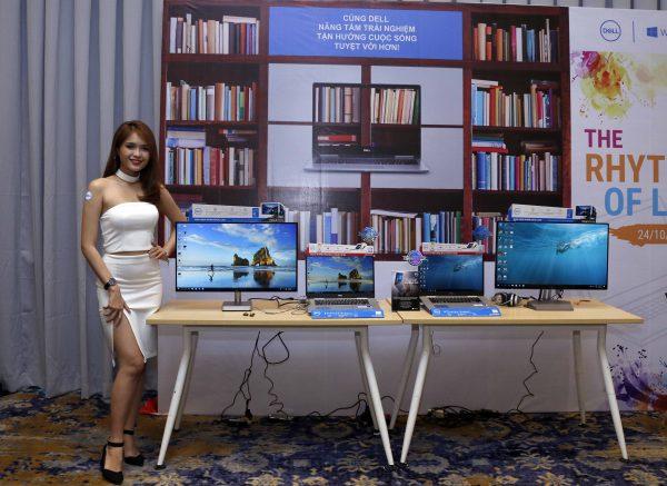 Khu trưng bày dòng sản phẩm Inspiron 7000 cho công việc 600x437 - Ấn tượng với loạt sản phẩm mới của Dell