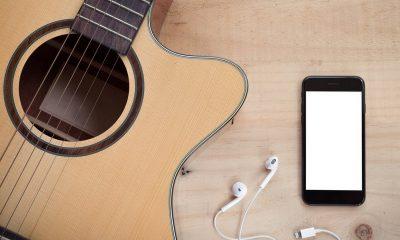 iphone headphone 3 featured 400x240 - Cách đem nhạc chuông iPhone X lên các điện thoại iPhone khác