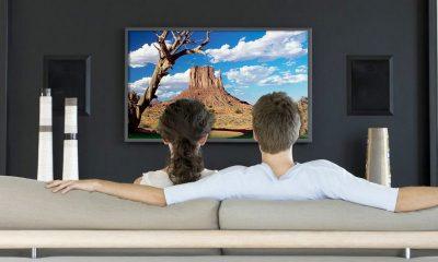watching tv featured 400x240 - Tuần này xem gì #2: Coco, Giao ước chết, Thiên La Địa Võng