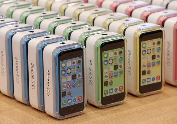iphone 5c - iPhone 5C: Cú ngã quá đau của Apple