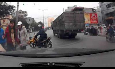 tai nan may man 400x240 - Cận cảnh tai nạn may mắn nhất tại việt nam