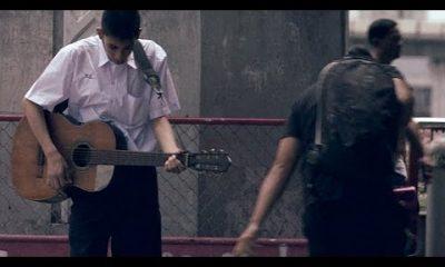 guitar 400x240 - Đừng xem thường những người chơi guitar dở
