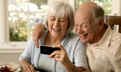 older iphone 400x240 - 8 thủ thuật dùng iPhone hữu ích cho người dùng cao tuổi