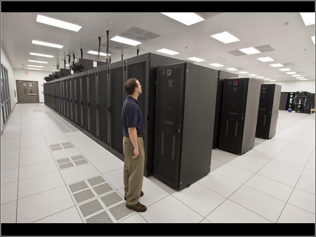 datacenter03 - Chọn trung tâm dữ liệu lắp ráp rời hay được dựng sẵn