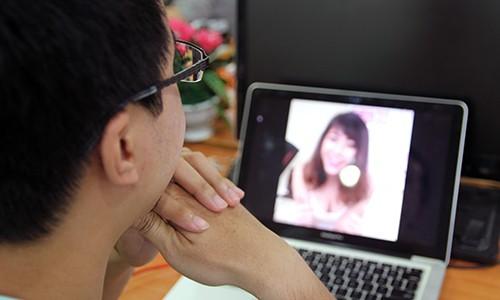 Facebook Live biến tướng thành dịch vụ chat sex