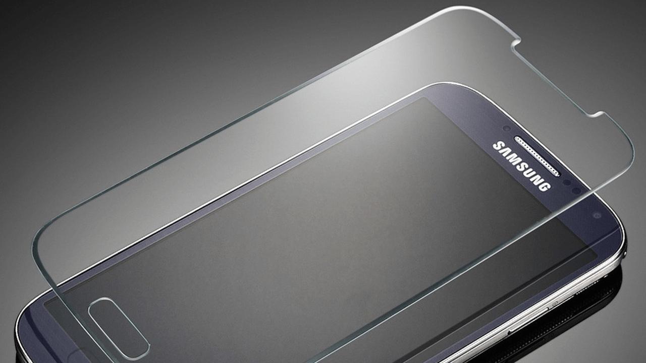 mieng dan cuong luc - Cách tháo miếng dán cường lực trên điện thoại