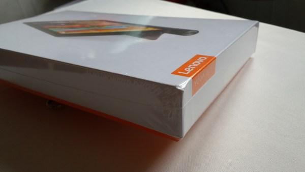 [Mở hộp và đánh giá nhanh] Lenovo Yoga Tab 3 8: Tablet giải trí đa phương tiện đáng tiền
