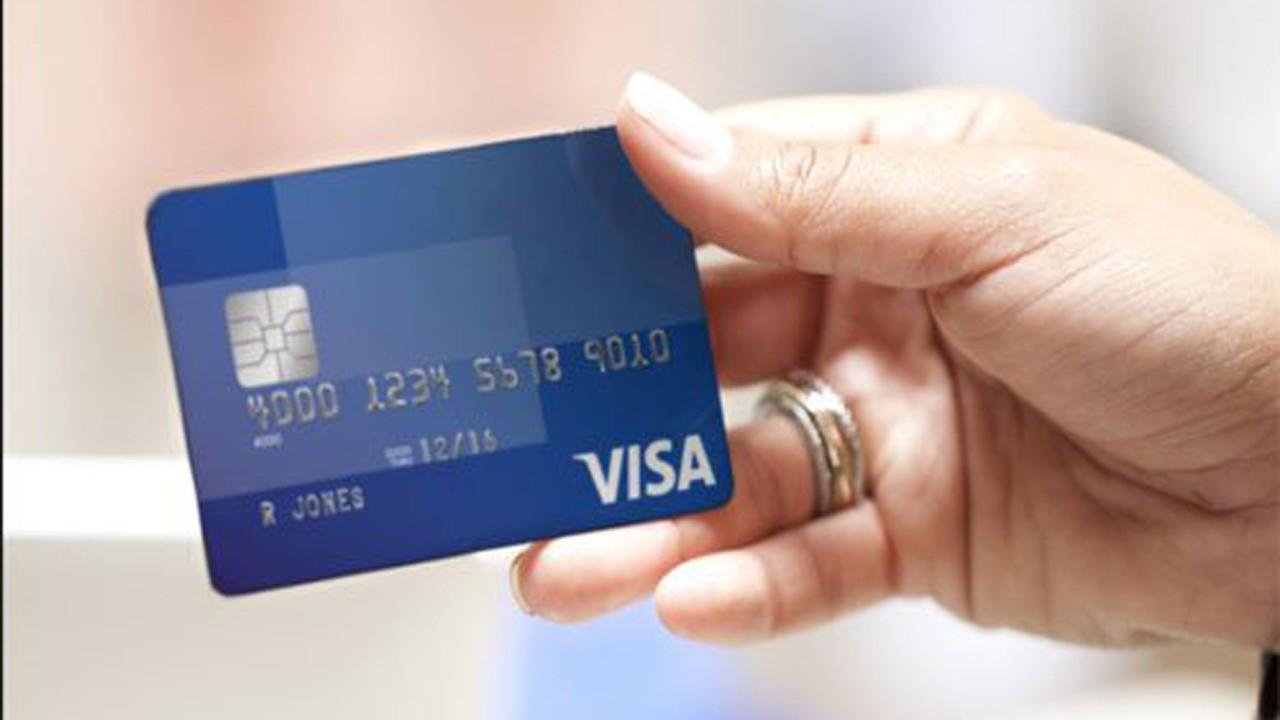 Visa1 - Ngân hàng đồng loạt cảnh báo khách hàng, đóng tính năng thanh toán trực tuyến