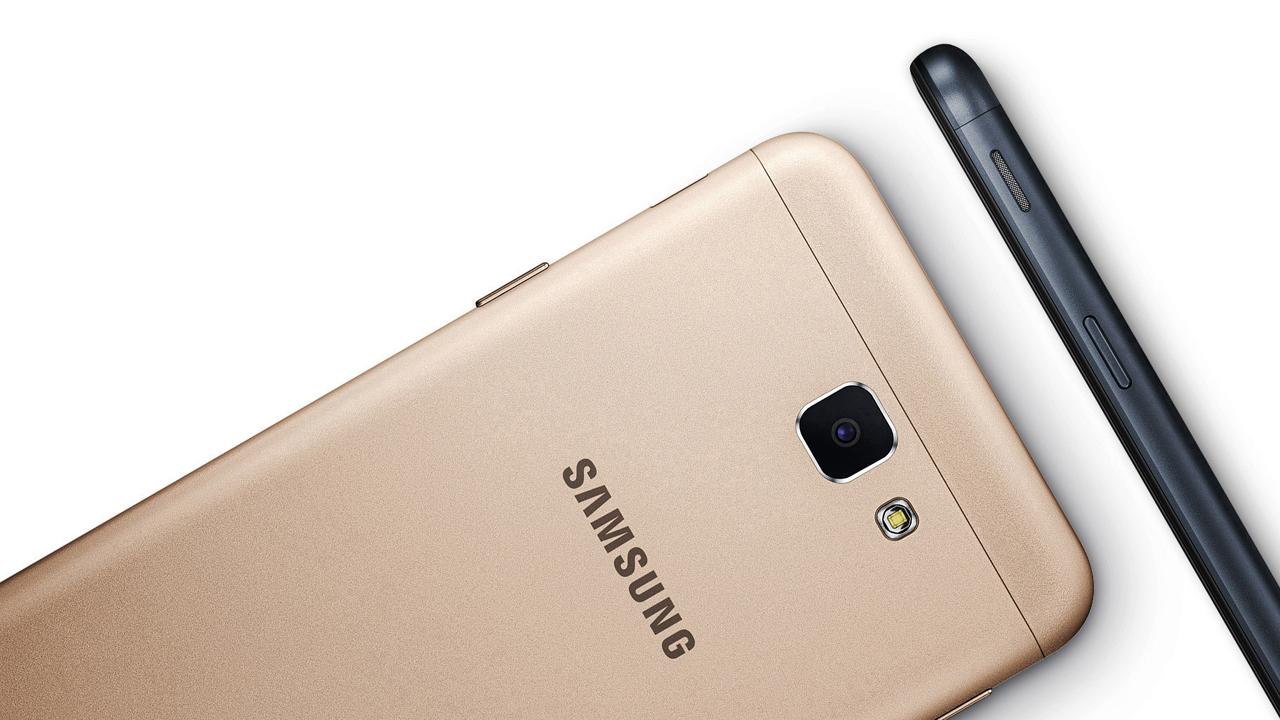 Samsung galaxy j5 prime - 6 smartphone nổi bật lên kệ tháng 11