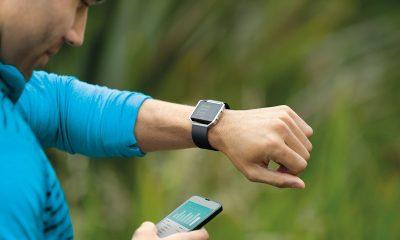 Fitbit Blaze 400x240 - CES 2017: Thiết bị đeo sẽ thiếu sự đột phá?