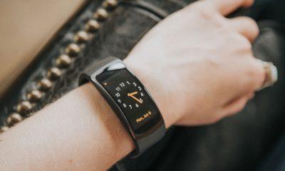 Gear Fit 2 400x240 - Viễn Thông A bán smartwatch Gear Fit 2 chính hãng giá giảm 50%