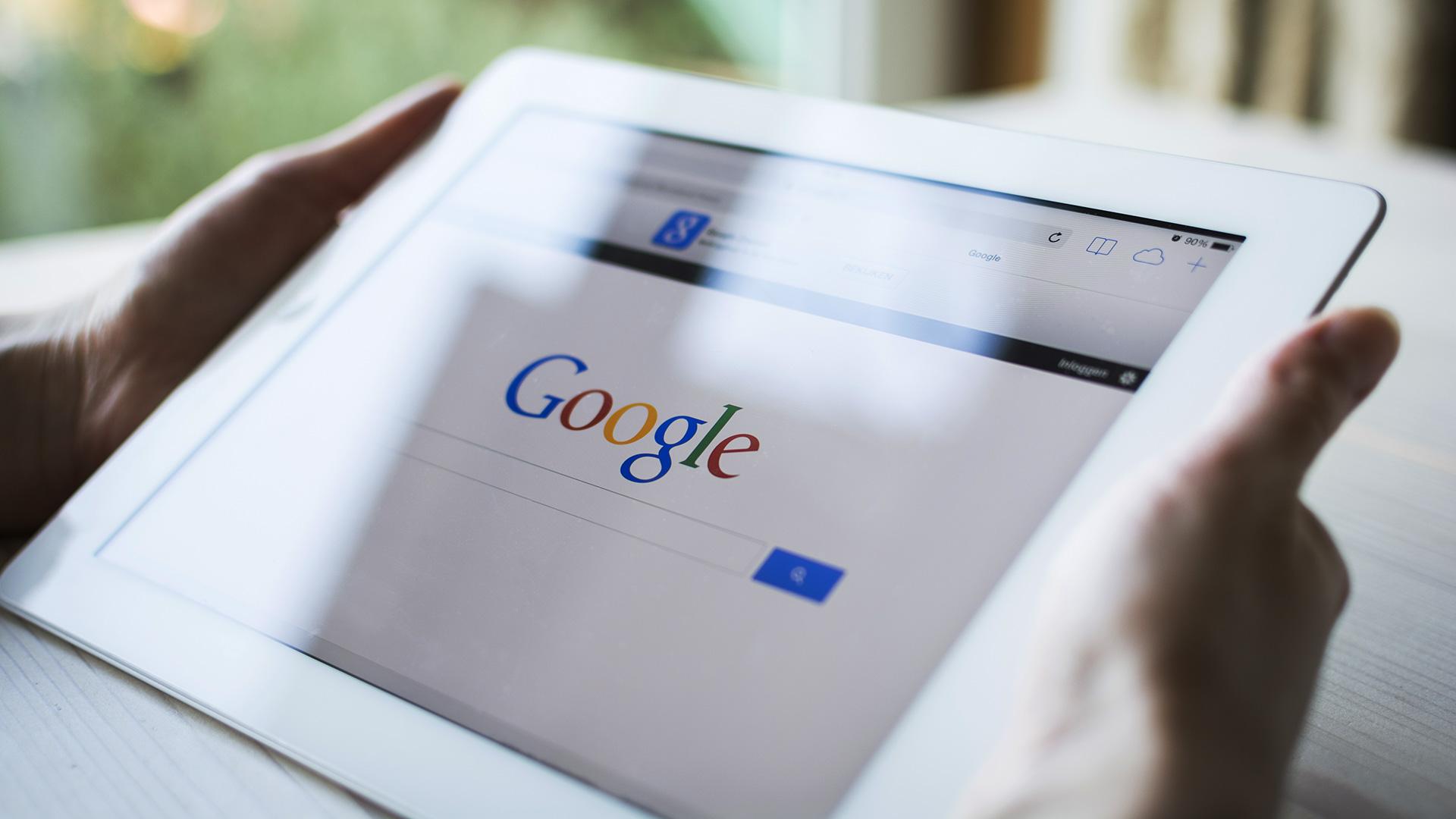 google uu tien di dong 1 - Người Việt tìm gì trên Google trong năm 2016?