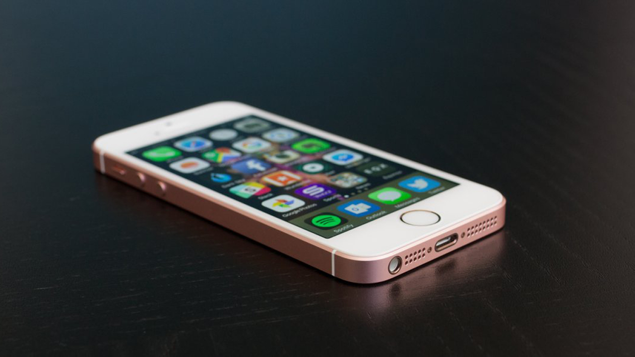 review apple pulled off something amazing with its newest iphone - Tổng hợp 5 ứng dụng hay và miễn phí trên iOS ngày 23.12.2016