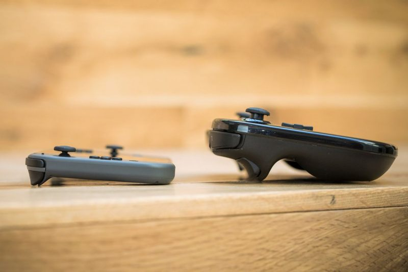 nintendo switch 1 800x533 - Kích cỡ của Nintendo Switch qua hình ảnh
