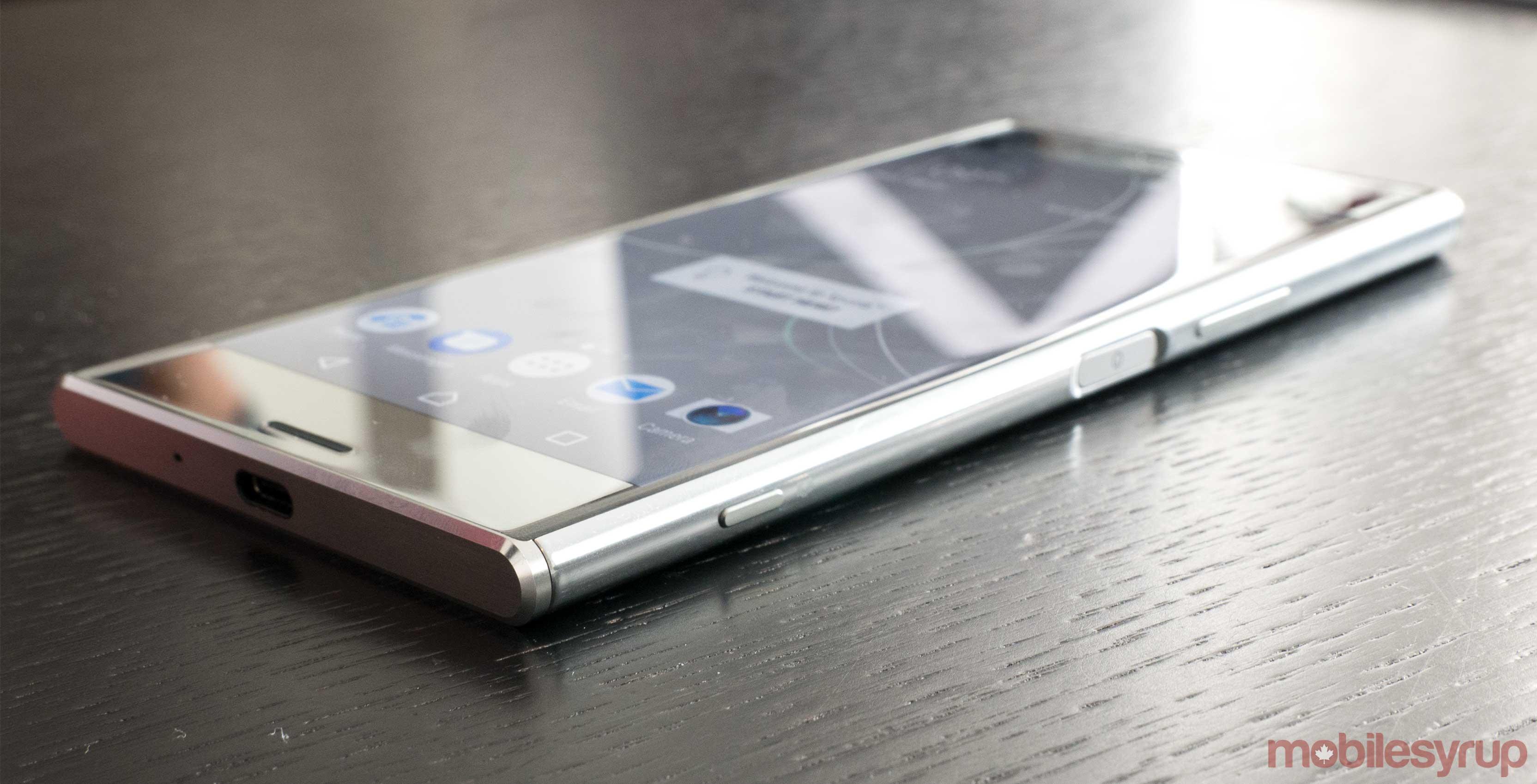 Sony Xperia XZ Premium chính thức - siêu phẩm camera khủng, Snapdragon 835