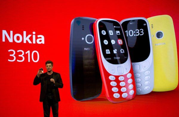 "Nokia 3310 2017: ""Cục gạch"" trở lại"