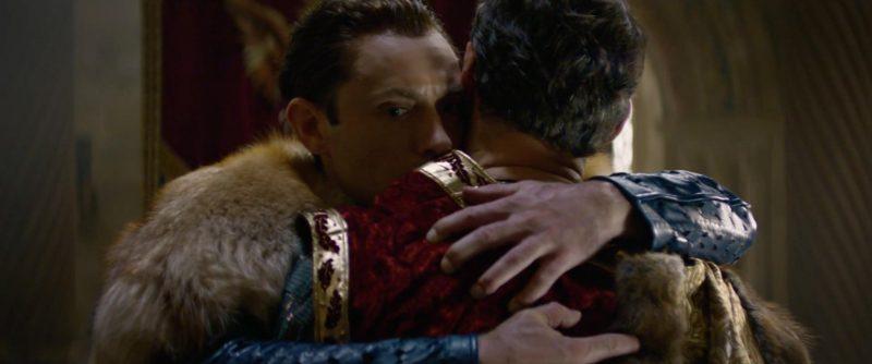 king arthur 4 800x334 - Đánh giá phim King Arthur: Vua Arthur - Vua MMA