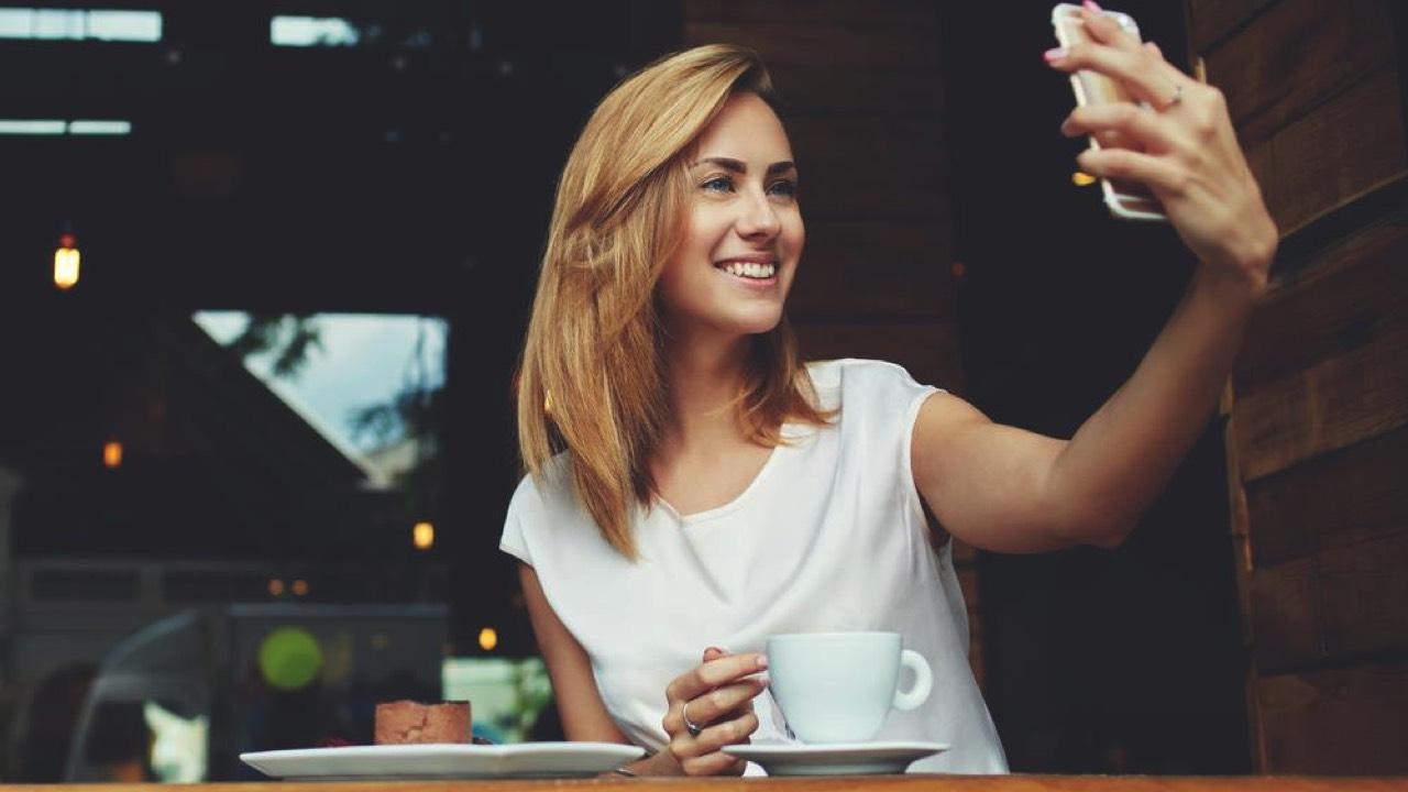 iphone selfie featured - Đang miễn phí một trong những ứng dụng sửa ảnh tốt nhất iPhone, giá 1,99USD