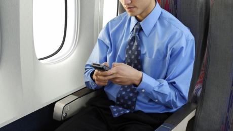 pin sac du phong co duoc mang len may bay 1 - Pin sạc dự phòng có được mang lên máy bay?