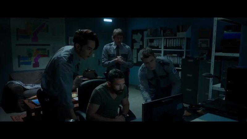 security 3 800x450 - Đánh giá phim Security: Người gác đêm